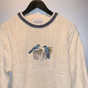 Vintage blue jay sweater 100% cotton